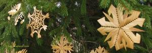 Lithuanian Christmas tree ornaments by Ursula Astras. © ladyofwheat.com